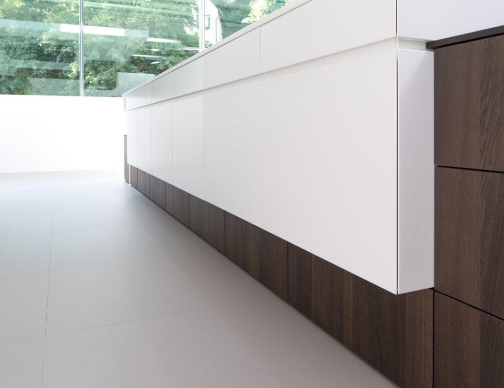 Modelle Alborg, Räuchereiche und Toronto von Rempp in weiß-alpin
